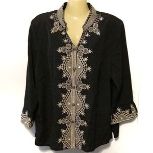 Silk Land embroidered button up 3/4 sleeve blouse
